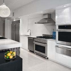 Universal Appliance And Kitchen Center - 86 Photos & 57 Reviews ...