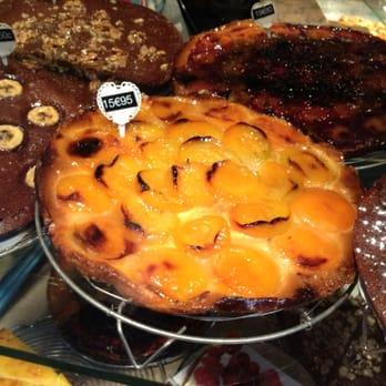 Les petits mitrons 37 photos 31 reviews bakeries 26 rue lepic mo - Les petits hauts paris ...