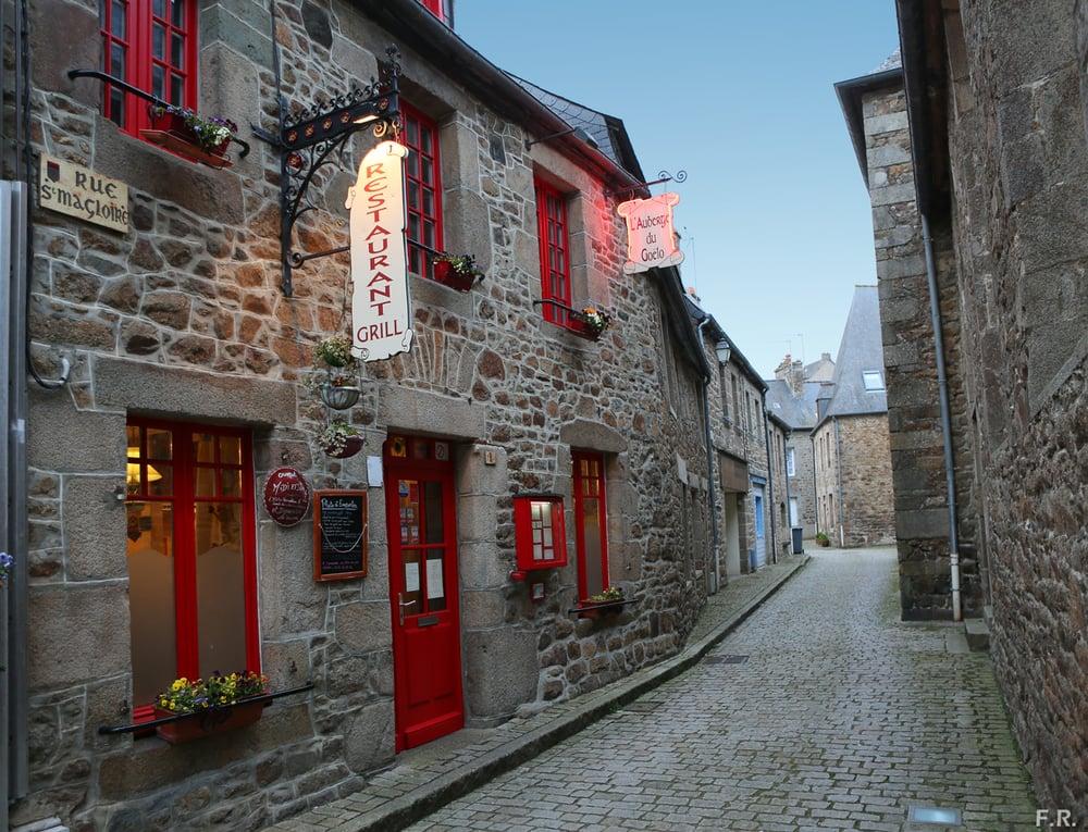 L'Auberge du Goélo: 1 Rue St Magloire, Châtelaudren, 22