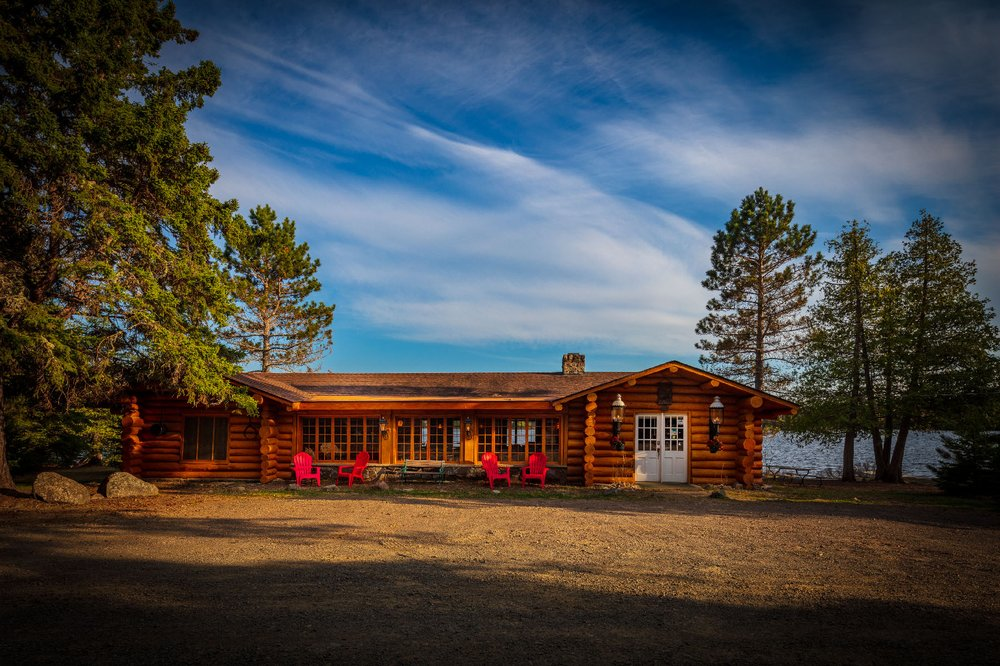 Rockwood Lodge & Outfitters: 50 Rockwood Rd, Grand Marais, MN