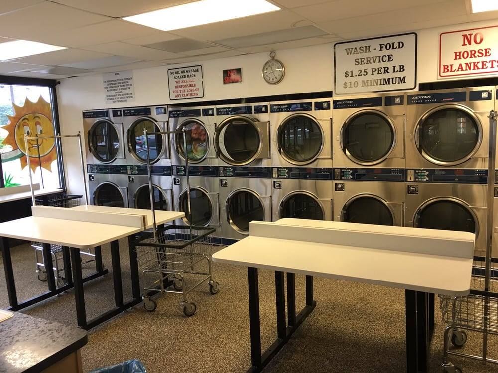 All Star Laundromat: 321 NE Lechner St, Camas, WA