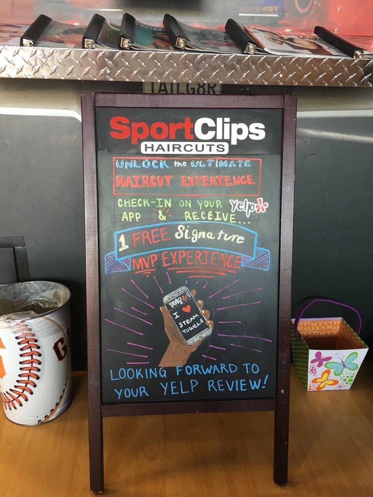 Sport Clips Haircuts of Folsom - Raleys Parkway Center | 25075 Blue Ravine Rd Ste 140, Folsom, CA, 95630 | +1 (916) 817-2555