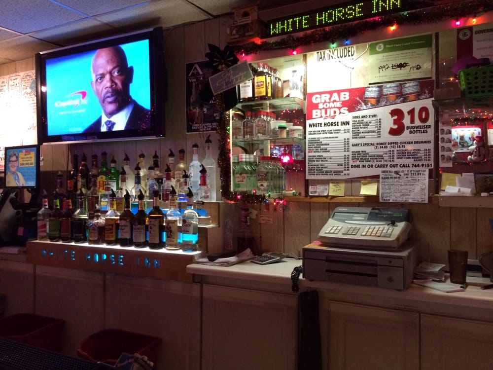 White Horse Inn: 1201 53rd St, Moline, IL