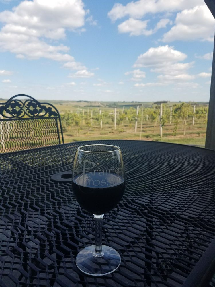 Prairie Crossing Vineyard and Winery: 31506 Pioneer Trail, Treynor, IA