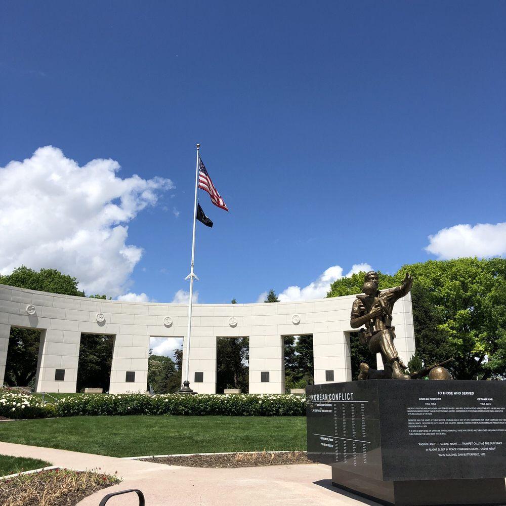Memorial Park: 6005 Underwood Ave, Omaha, NE