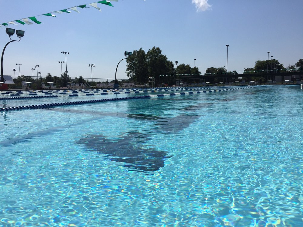 Bentonville city pool swimming pools 2403 e central for Bentonville pool