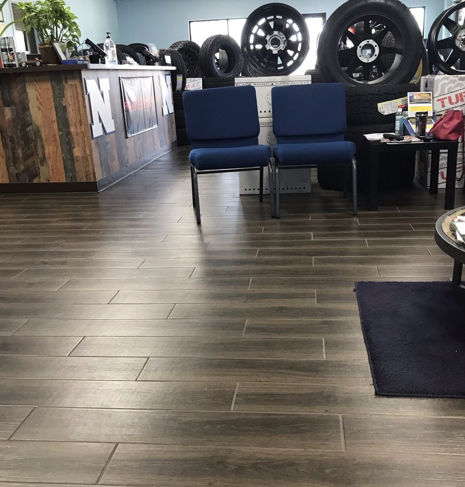 Hometown Tire And Service: 12807 Hwy 36, Needville, TX