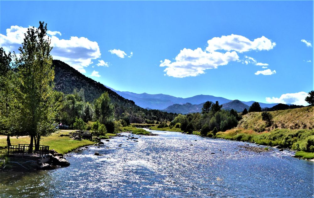 Sweetwater River Ranch: 24871 US Hwy 50, Cotopaxi, CO