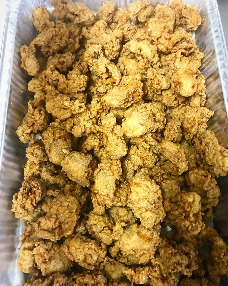 Byrd's Seafood: 748 Rappahannock Dr, White Stone, VA