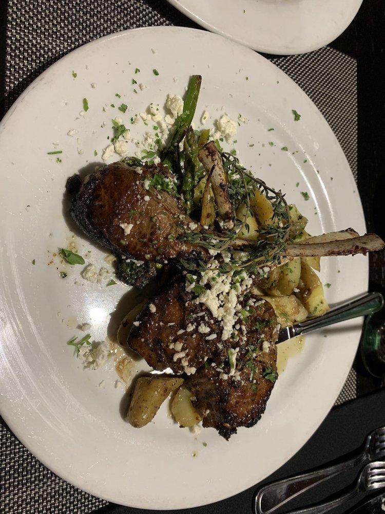 The Raven's Nest Restaurant & Lounge: 42458 60th St W, Quartz Hill, CA