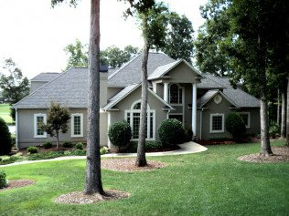 Les Pence Construction and Roofing: Chesnee, SC