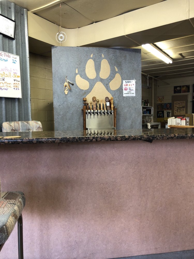 Wolftrack Brewing and Tasting Den: 505 King St, Cottonwood, ID