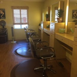 Posh salon hair salons 281 circle dr eatonville for 221 post a salon