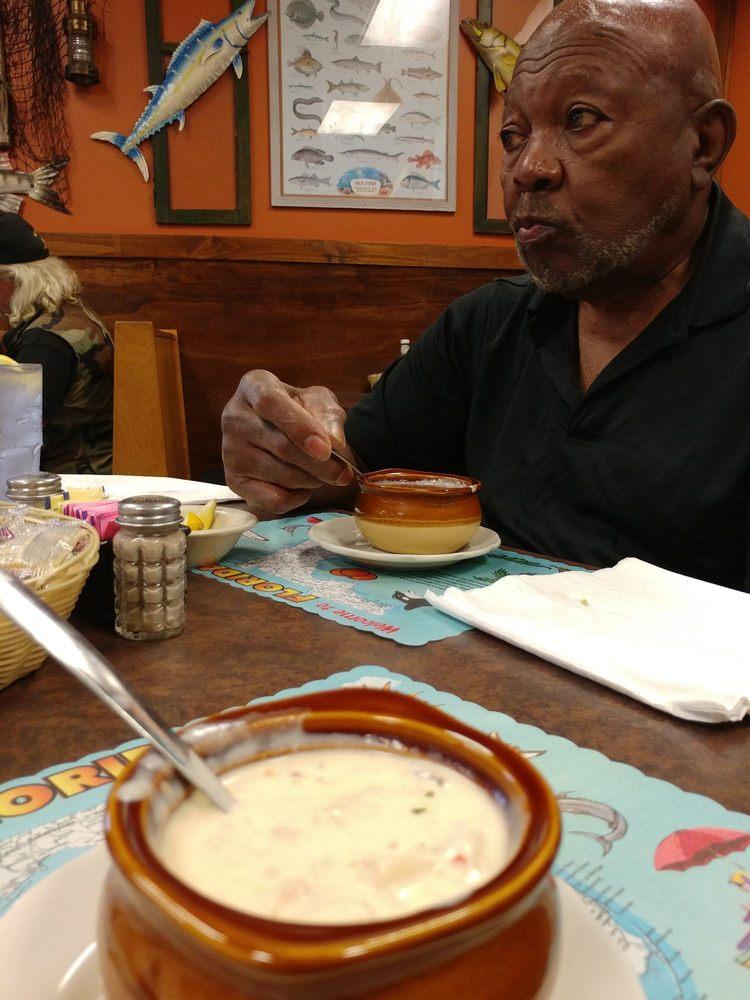 Corky Bells Seafood & Steaks: 1049 Floyd St, Fleming Island, FL
