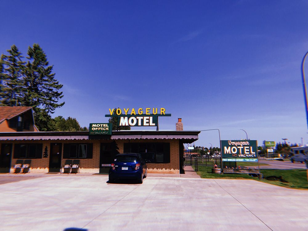 Voyageur Motel: 1227 7th Ave, Two Harbors, MN