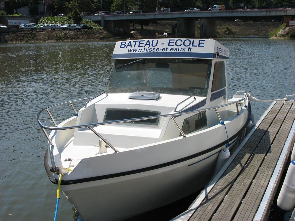 permis bateau hisse et eaux boating 101 quai amiral lalande le mans france phone number. Black Bedroom Furniture Sets. Home Design Ideas