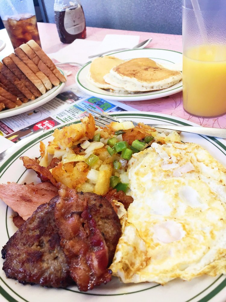 Tom & Joe's Restaurant: 1201 13th Ave, Altoona, PA
