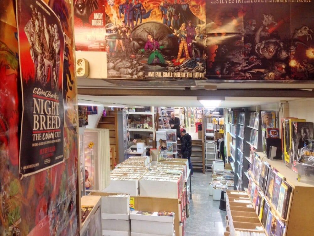 Henk Comics & Manga Store: Zeedijk 101, Amsterdam, NH