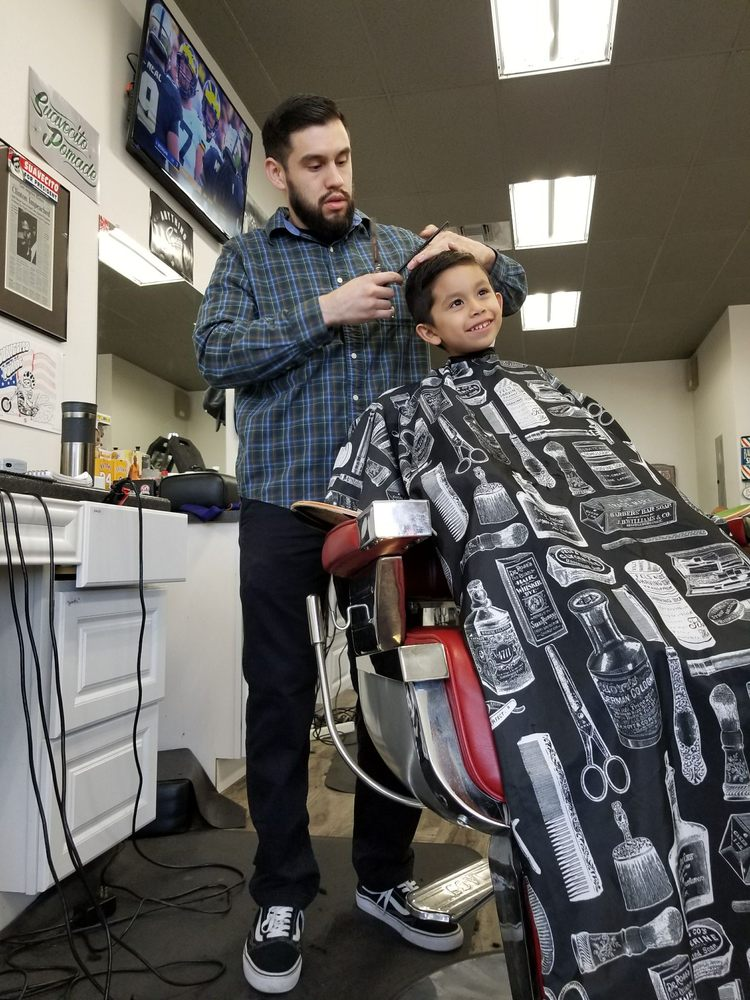 207ac2b4e The Fade District - 98 Photos   118 Reviews - Barbers - 5365 Lincoln ...