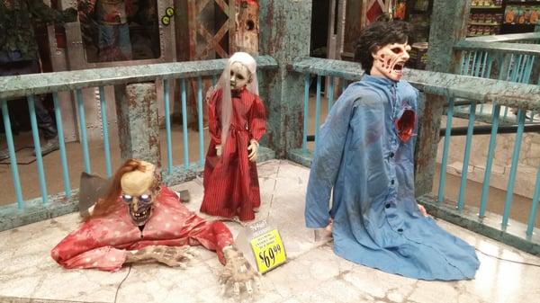 spirit halloween 1207 e valley pkwy escondido ca costumes mapquest