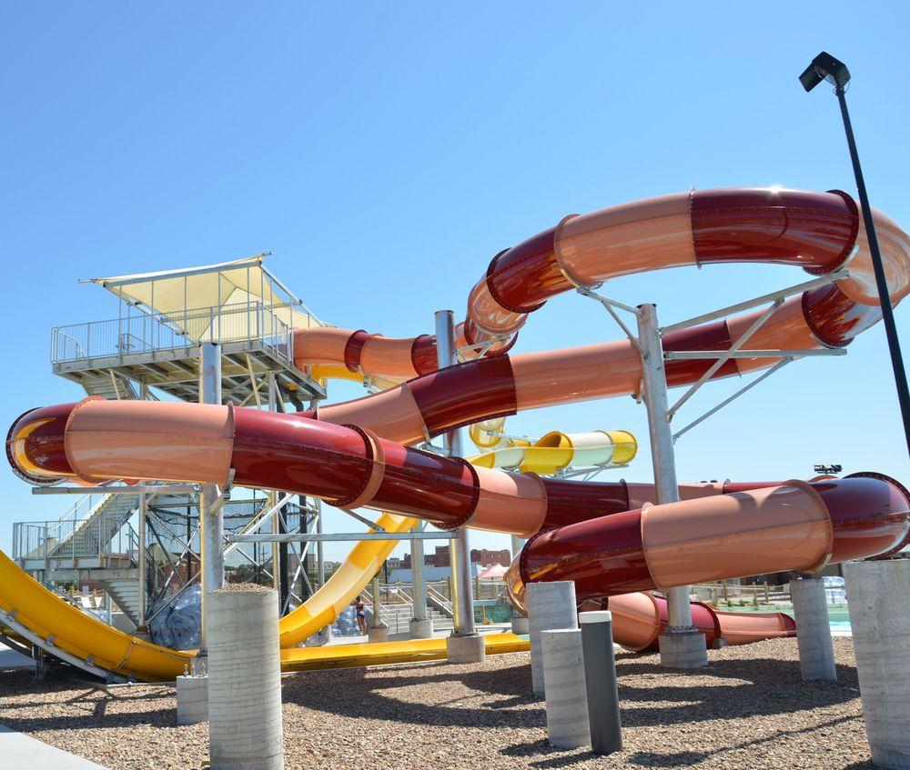 Long Branch Lagoon Water Park: 111 4th Ave, Dodge City, KS