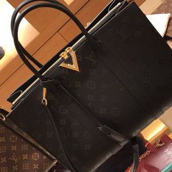 Photo Of Louis Vuitton New York Saks 5th Ave Ny United