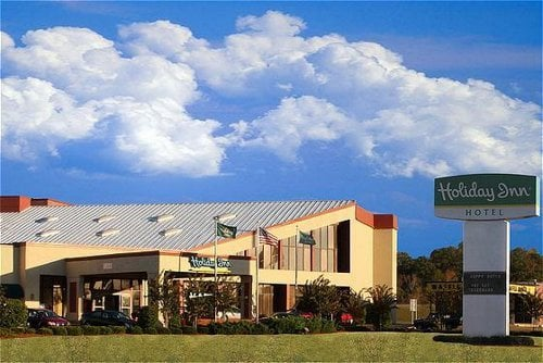 Photo Of Holiday Inn Hotel Columbus Ms United States