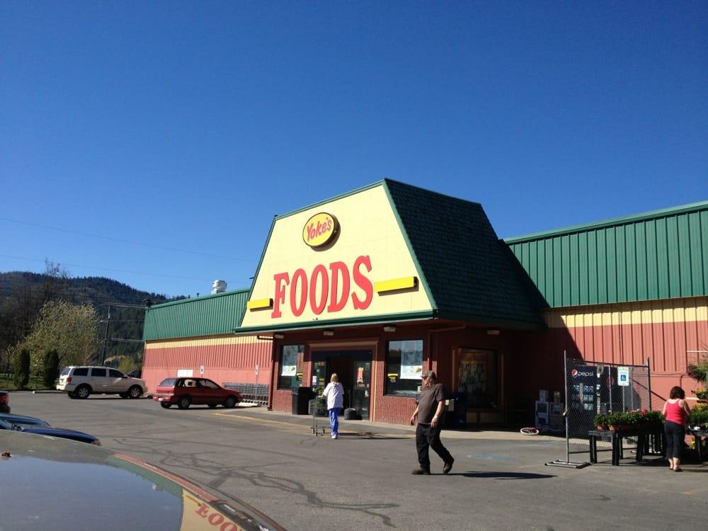 Yoke's Foods: 117 N Hill St, Kellogg, ID