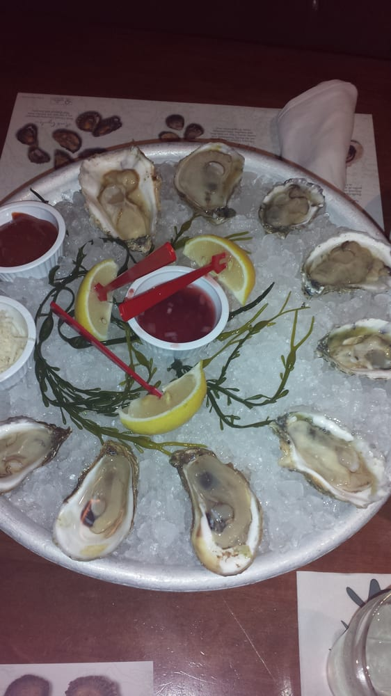 9 oyster sampler yelp for King fish house huntington beach ca