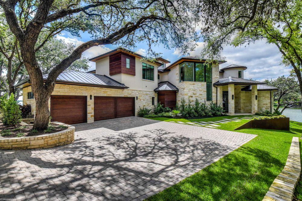 Zbranek & Holt Custom Homes: 2220 Lakeway Blvd, Austin, TX