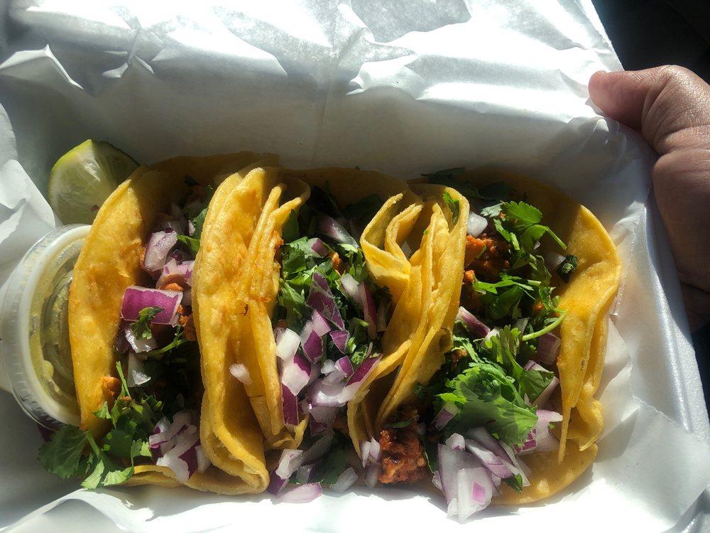 Tacos Locos: 2439 US-117, Dudley, NC