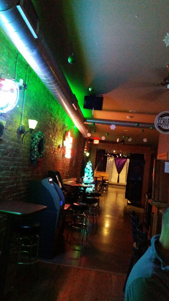 Bar PM: 7109 S Broadway, Saint Louis, MO