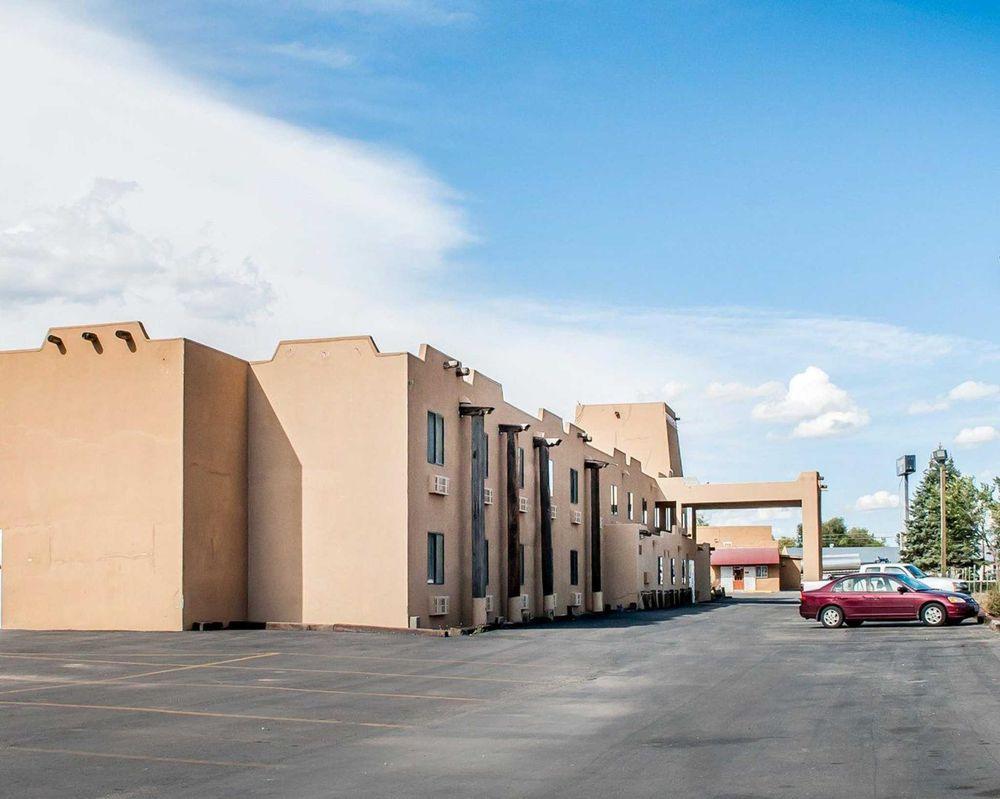 Rodeway Inn: 604-B S Riverside Dr, Espanola, NM