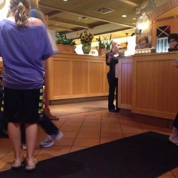 Olive Garden Italian Restaurant 33 Photos 58 Reviews Italian 1 Town Center Dr