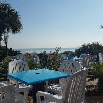 Bummz Beach Cafe -   Reviews - Pubs - Ocean