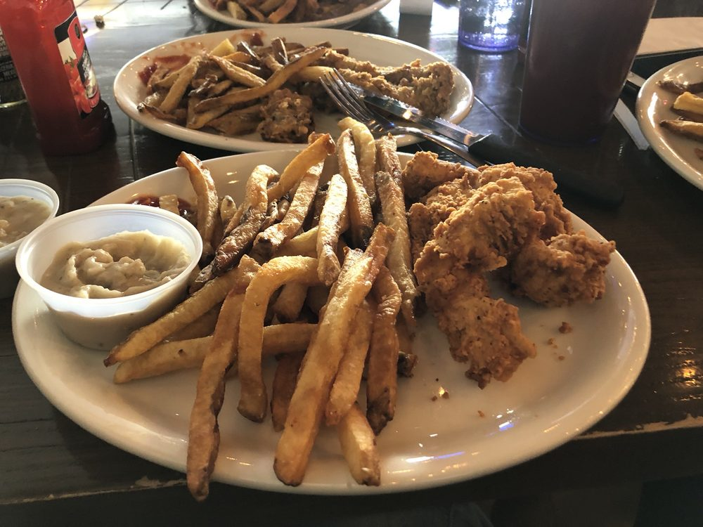 The LODGE Eatery and Pub: 2036 S Miller Dr, Catoosa, OK