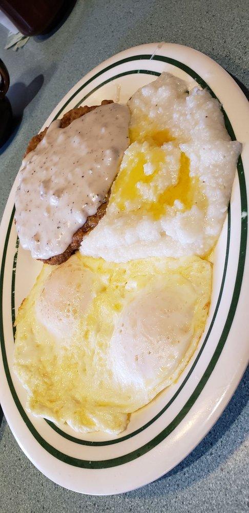 Johnny's Diner: 104 S Semoran Blvd, Winter Park, FL