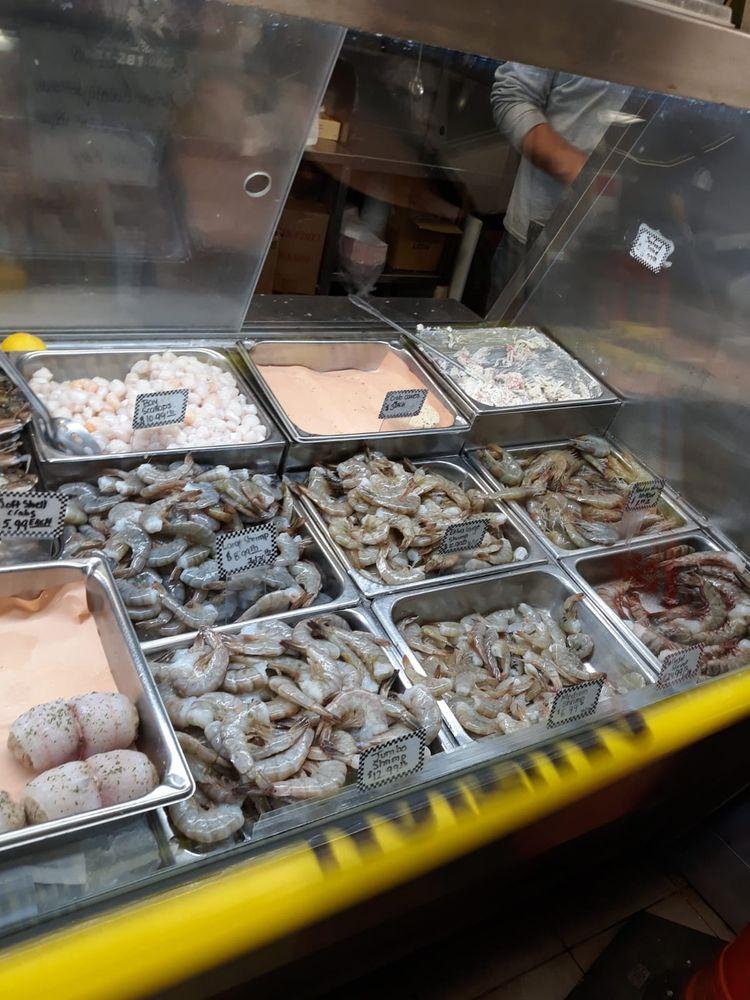 Mastic Seafood: 1051 Mastic Rd, Mastic, NY
