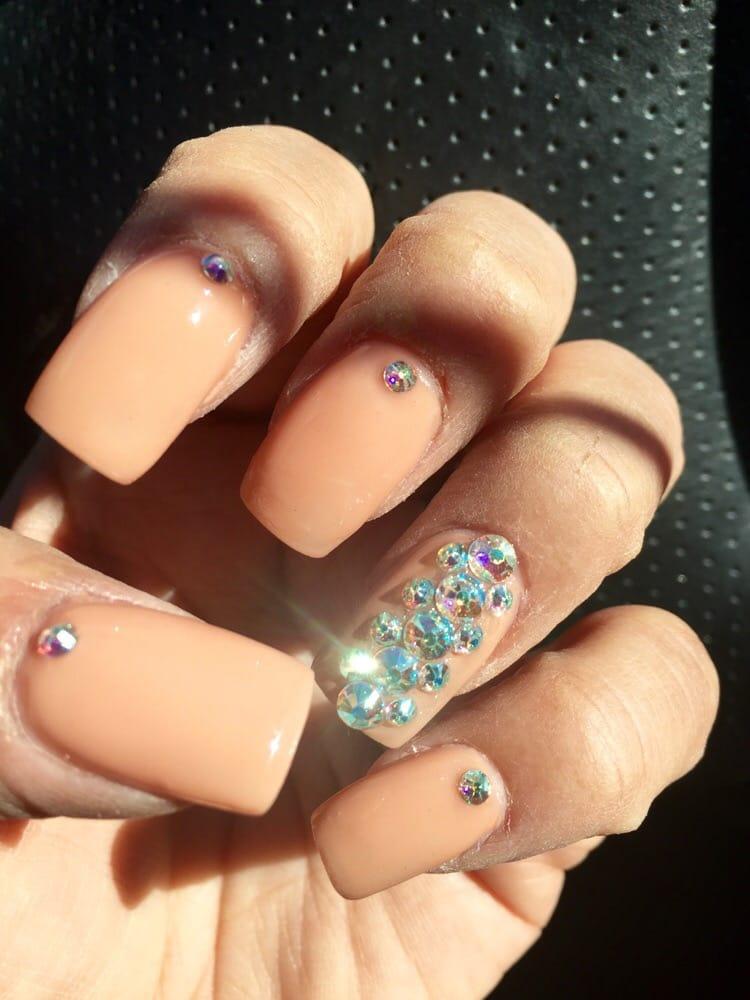 652 photos for Blue Diamond Nails