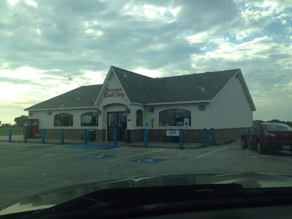 Crossroads Quik Stop: 721 N Fm 1138, Nevada, TX