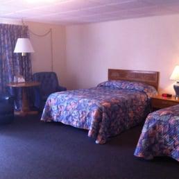 Brentwood Motor Inn Hotels 2603 Us Hwy 41 W Marquette