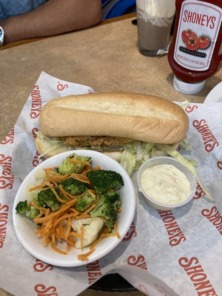 Shoney's of Manning: 2742 Paxville Hwy, Manning, SC