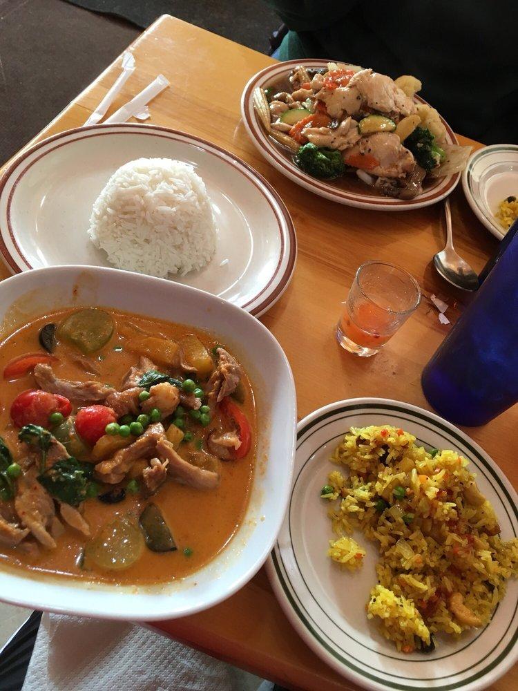 Thai Tai Kitchen: 217 S Lake Ave, Phillips, WI
