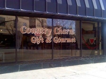 Country Charm: 201 E 2nd St, Casper, WY