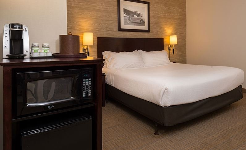 Holiday Inn and Suites Chicago O'Hare Rosemont Hotel