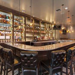 Photo Of Central Bar Restaurant Bellevue Wa United States Horseshoe