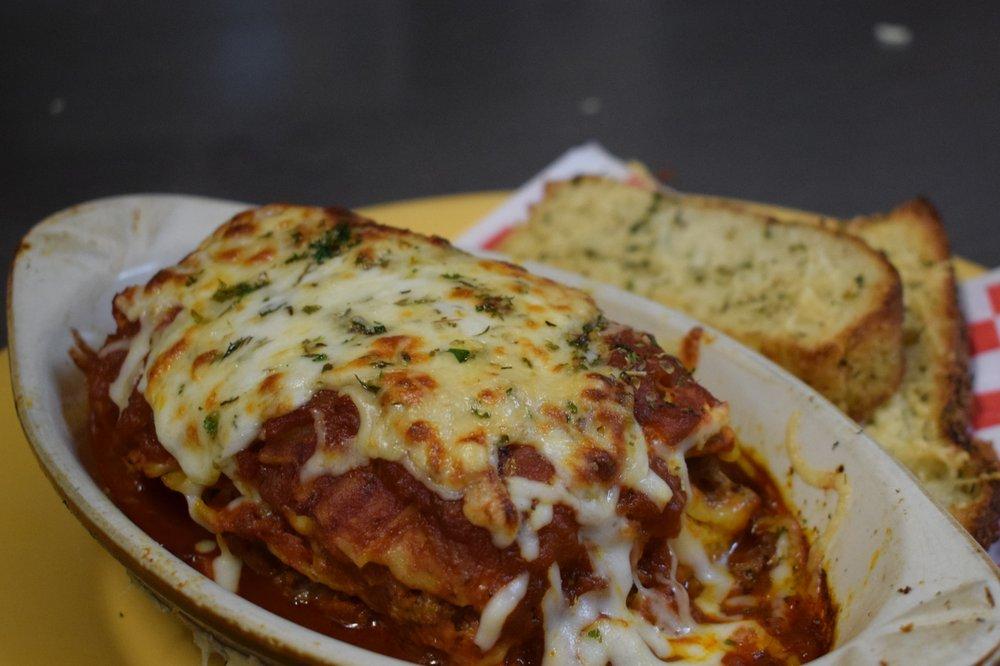 Rosco's Pizza: 15915 Sterling Hwy, Ninilchik, AK