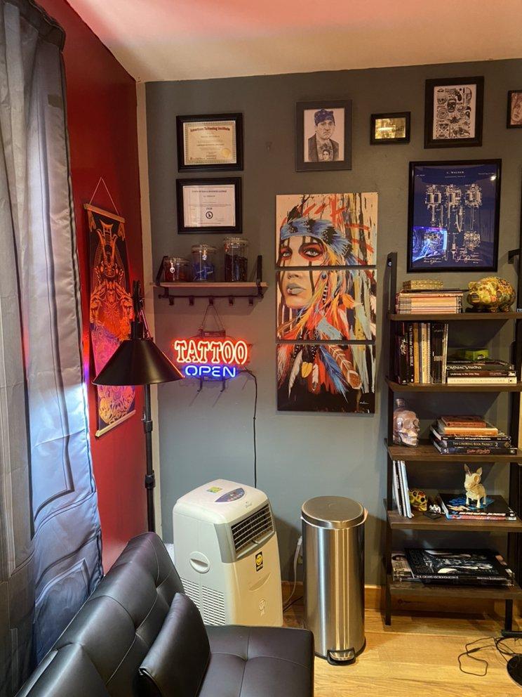 E C InkHouse: 404 Broadway, Eagle, CO