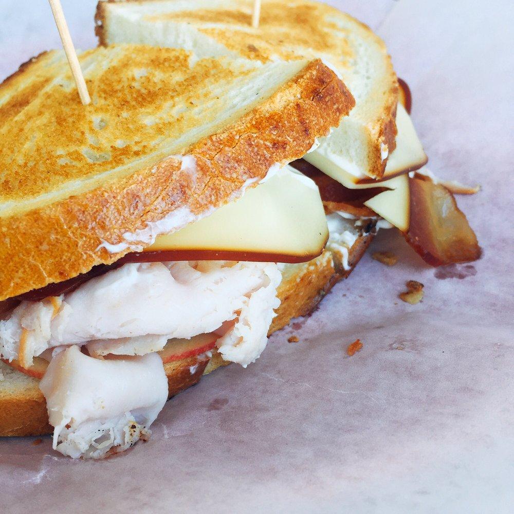 Red Onion Eatery: 3001 Ocean Dr, Vero Beach, FL