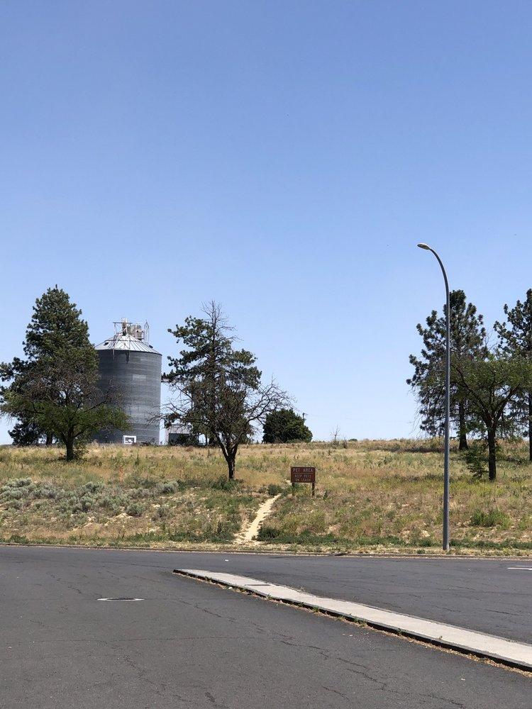 Hatton Coulee Rest Area: Mp 61 Multidirectional, Hatton, WA